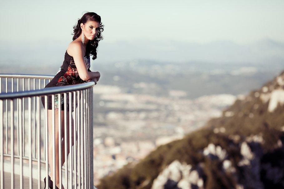 Reportaje en Gibraltar en Mons Calpe Suites - Cuatro Corazones Fotografía por Juanlu Corrales