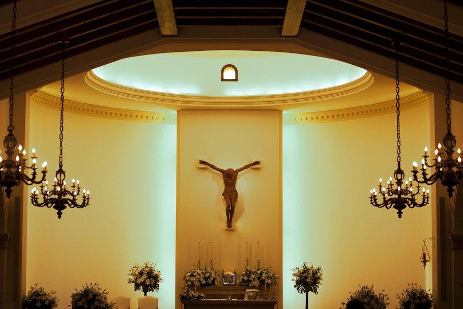 Boda en Alcaidesa Golf e iglesia de Sotogrande - Cuatro Corazones Fotografía por Juanlu Corrales