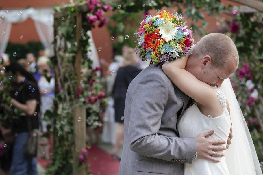 Una boda romántica en el Coto en Campamento - Cuatro Corazones Fotografía por Juanlu Corrales.