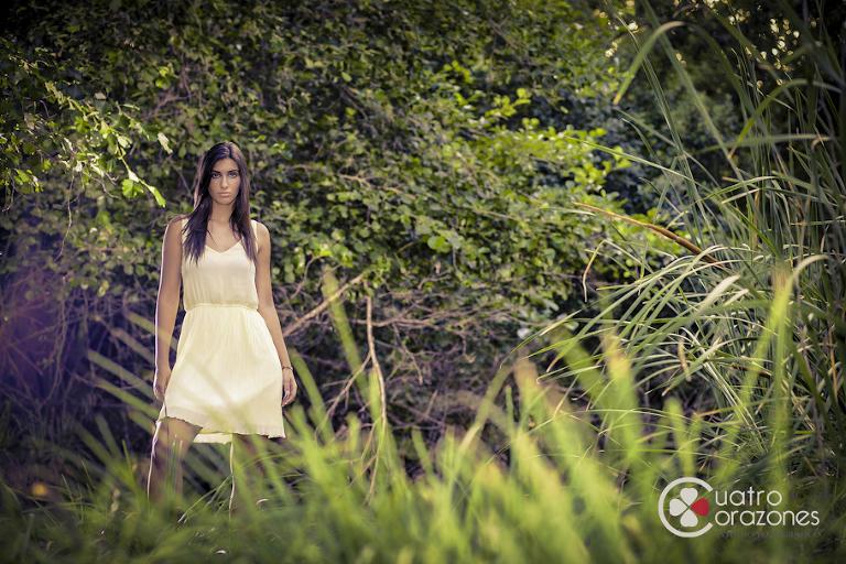 Sesión fotográfica profesional con Silvia Puertas - Cuatro Corazones Fotografía por Juanlu Corrales