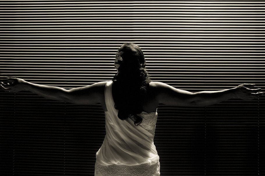 Boda en Tarifa en los juzgados de paz - Cuatro Corazones Fotografía por Juanlu Corrales