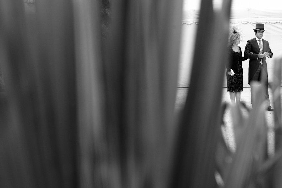 Boda en Jerez en la Real Escuela Andaluza de Arte Ecuestre - Cuatro Corazones Fotografía por Juanlu Corrales