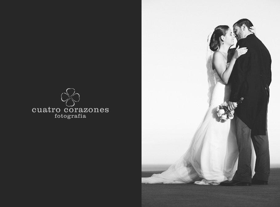 Boda en Alcaidesa Golf. Ceremonia civil con Lourdes y Raúl - Cuatro Corazones Fotografía por Juanlu Corrales