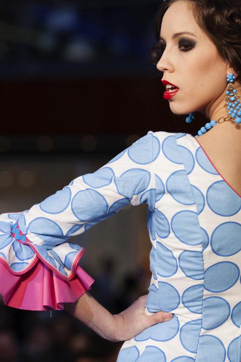 Moda flamenca de Marbella Fabiola - Cuatro Corazones Fotografía por Juanlu Corrales