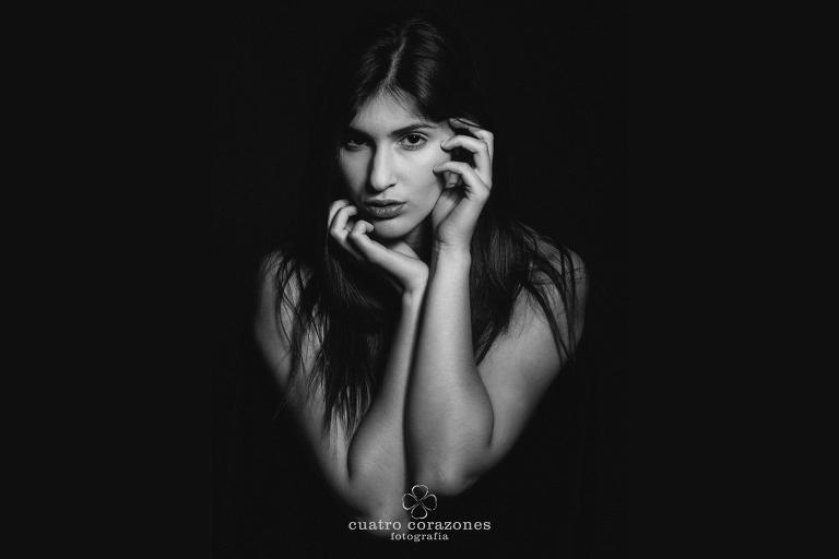 book fotográfico para jóvenes de Silvia Puertas - Cuatro Corazones Fotografía por Juanlu Corrales