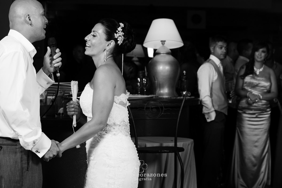 Fotos de boda en Gibraltar y San Roque en El Coto - Cuatro Corazones Fotografía por Juanlu Corrales