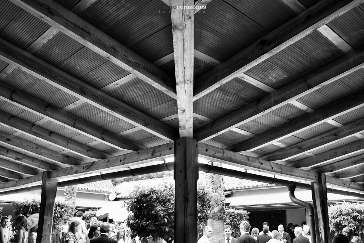 Boda en La Linea de la Concepción y Hacienda Almoguera - Cuatro Corazones Fotografía por Juanlu Corrales