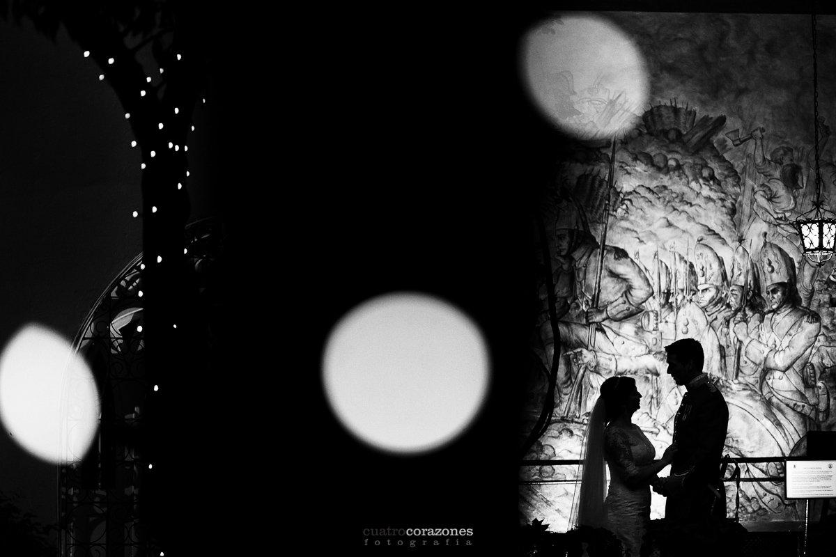 fotos de boda en Gibraltar en Santa Maria de la Coronada - Cuatro Corazones Fotografía por Juanlu Corrales