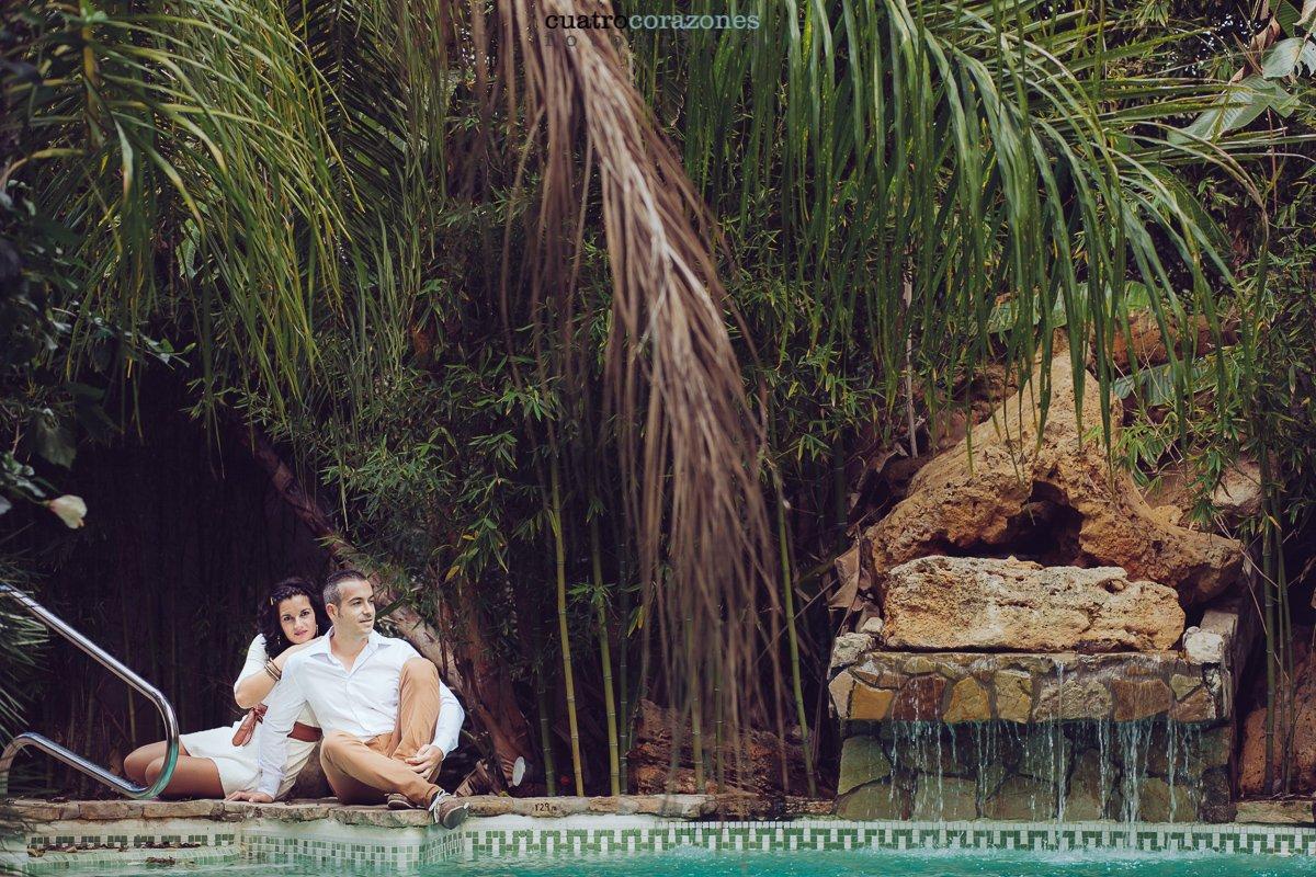 parque de las aves en Jimena - Preboda de Jose y Esther - Cuatro Corazones Fotografía por Juanlu Corrales