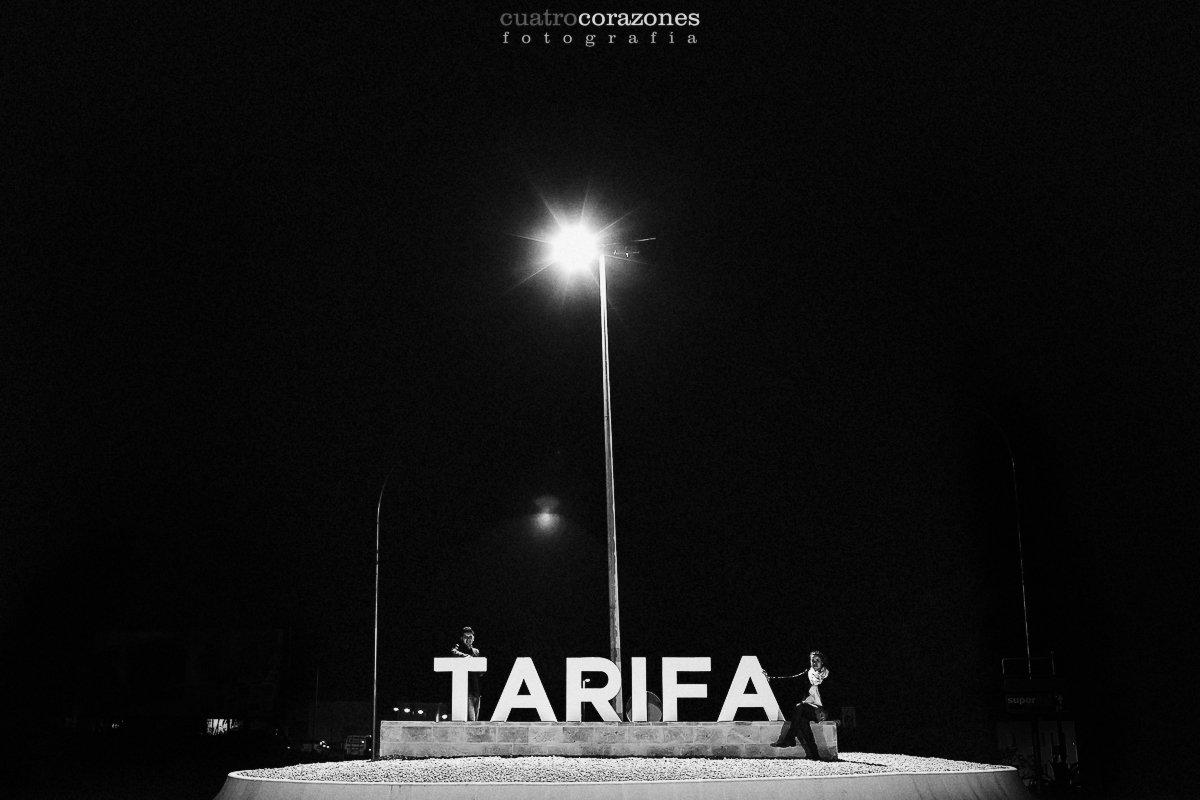 Reportaje preboda en la playa de Tarifa Arte Vida - Cuatro Corazones Fotografía por Juanlu Corrales
