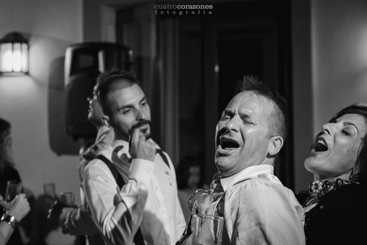 Boda en Hotel Castellar - Boda Gay con Fran e Ivan en el Castillo de Castellar - Cuatro Corazones Fotografía por Juanlu Corrales