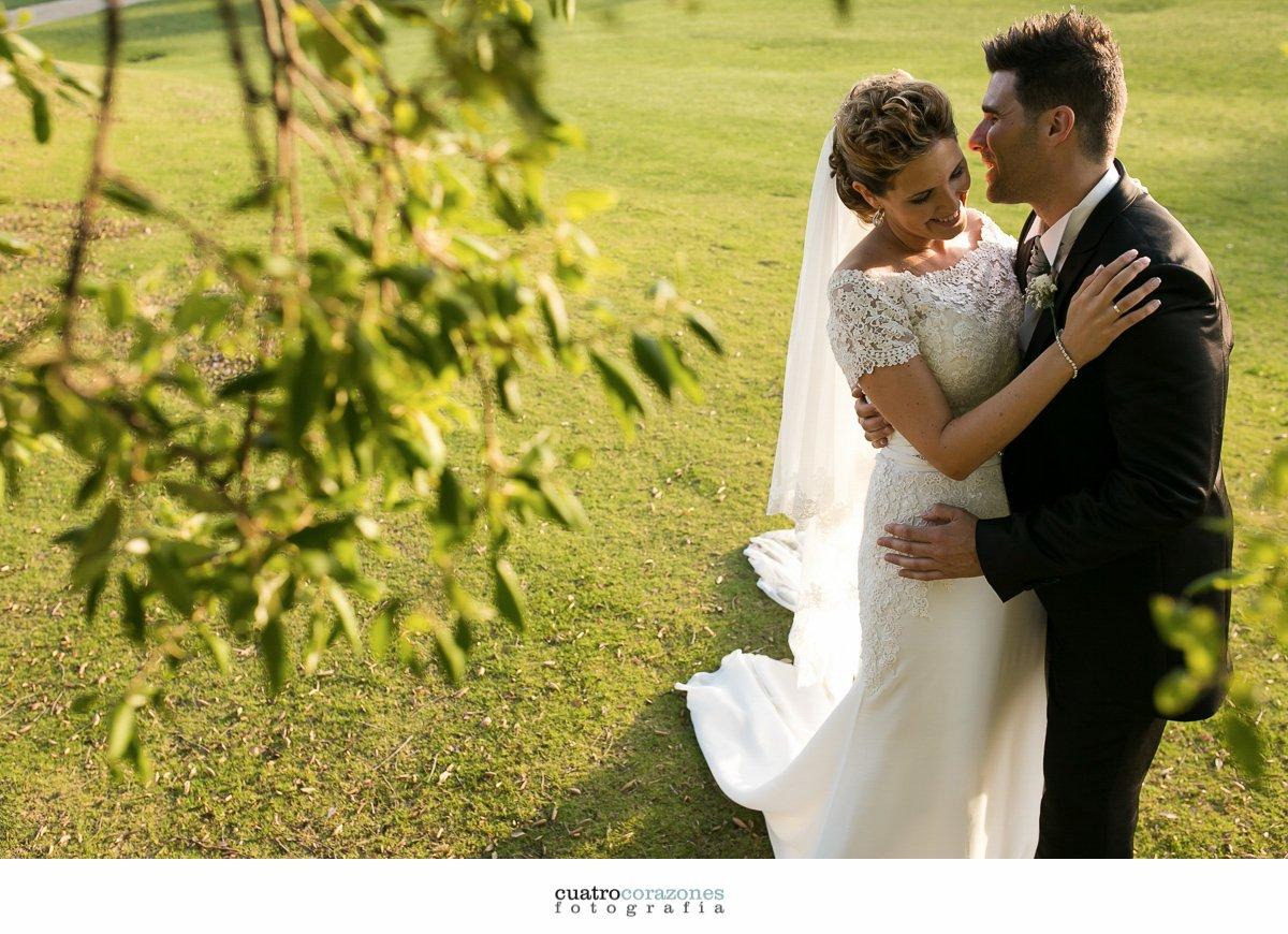 boda en San Roque Suites e Iglesia de Ntra. Sra. de la Merced de Sotogrande - Cuatro Corazones Fotografía por Juanlu Corrales