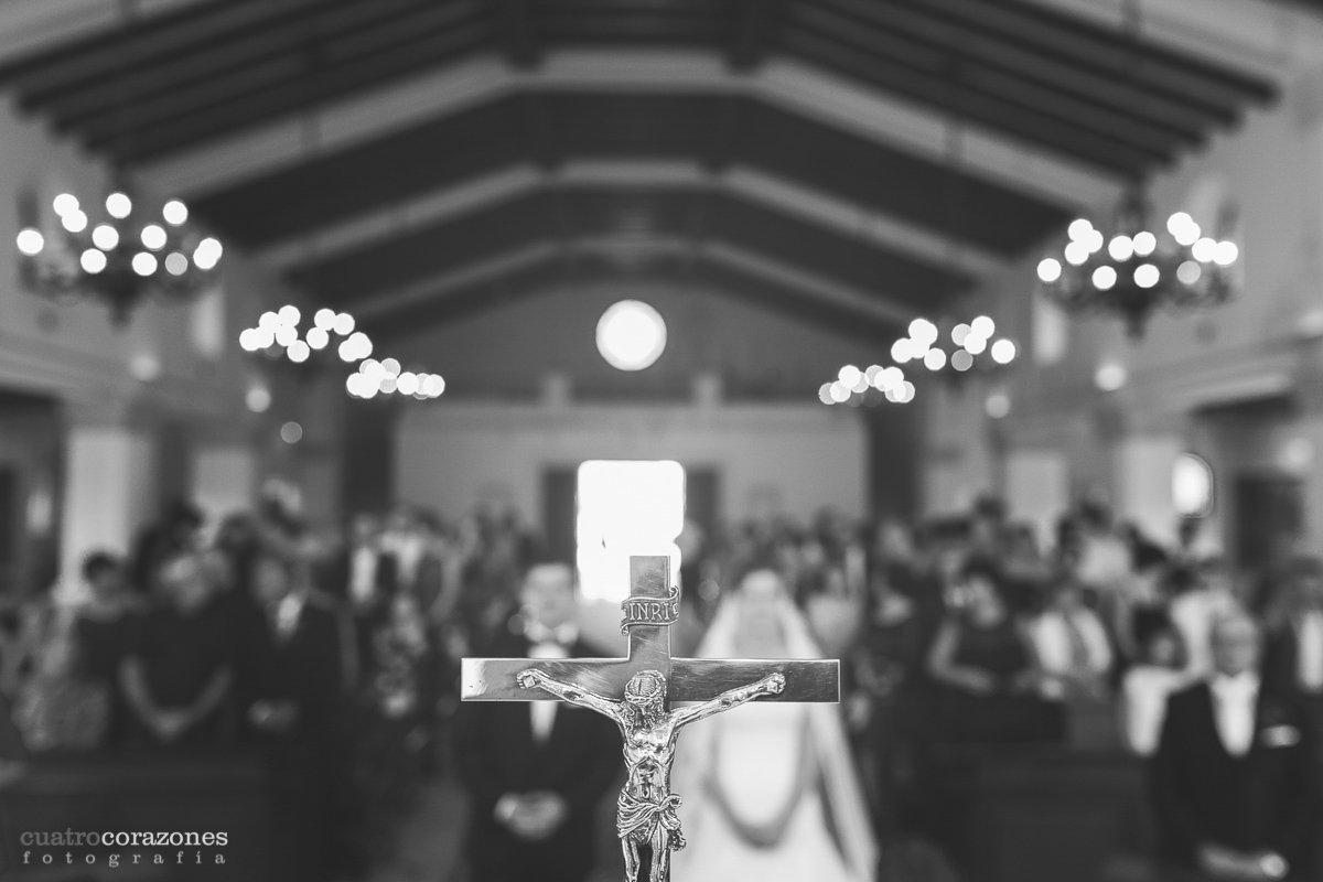 celebraciones de boda en San Roque, Iglesia de Sotogrande y Alcaidesa Golf - Cuatro Corazones Fotografía por Juanlu Corrales