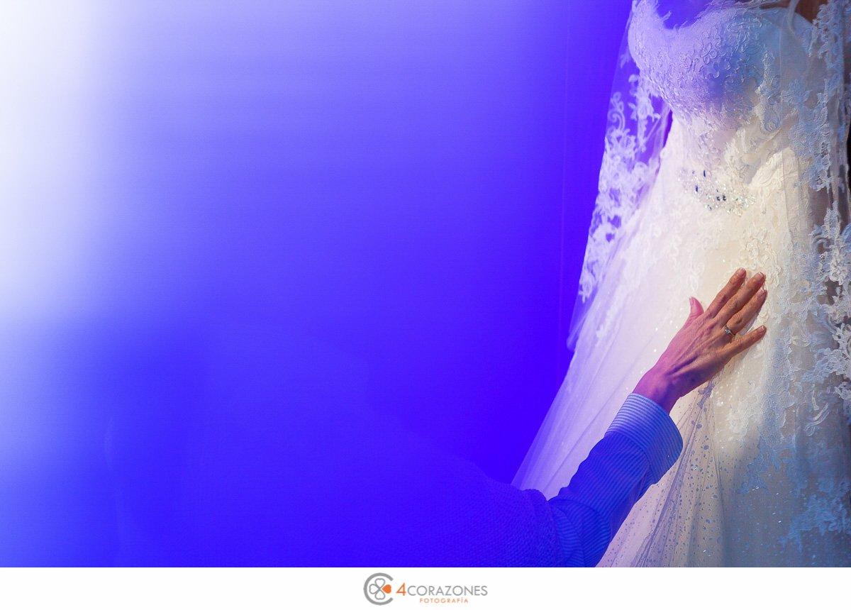 Boda-en-diciembre-en-San-Roque-Salones-El-Coto-Cuatro-Corazones-Fotografía-por-Juanlu-Corrales