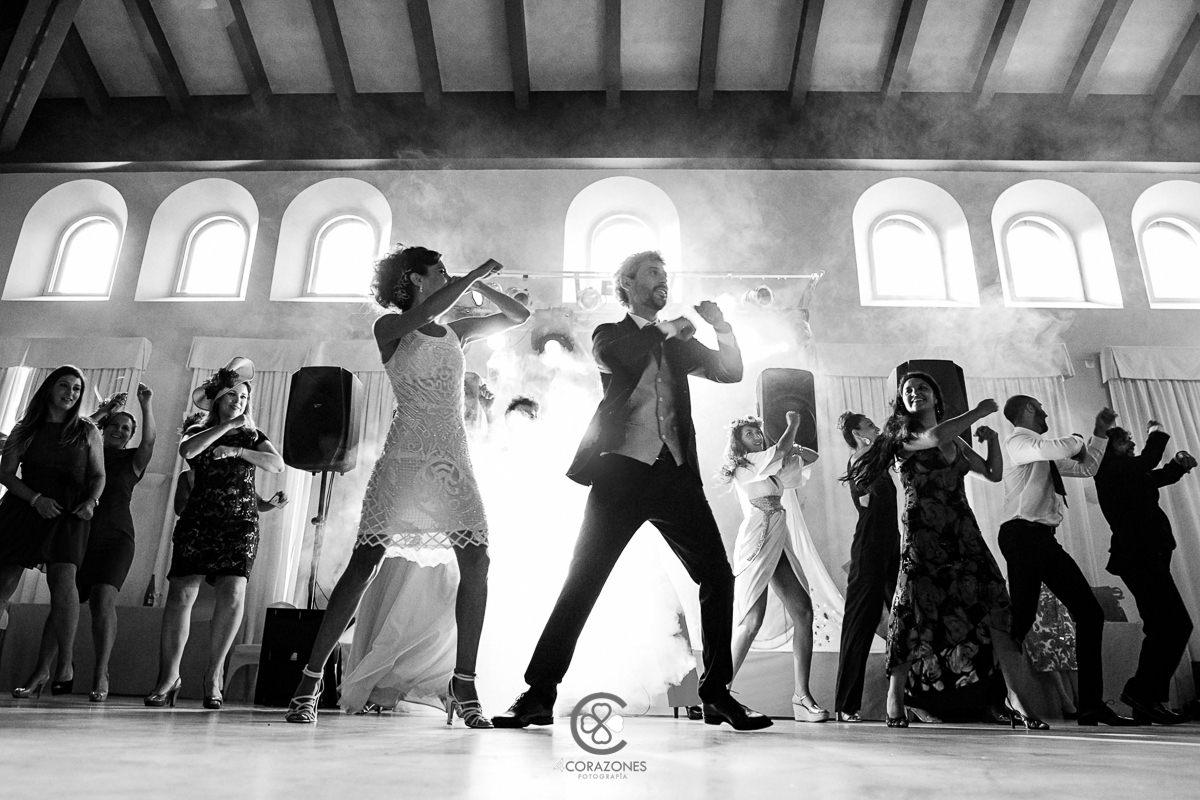 boda en San Roque de Manuel y Adela - Hotel Guadacorte Park-cuatro-corazones-fotografia-juanlu-corrales