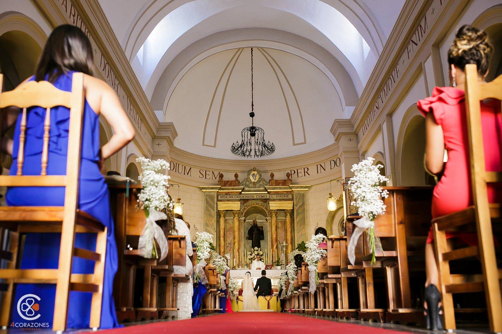 boda en san pedro de alcántara en La Cabanne-cuatro-corazones-fotografia-juanlu-corrales