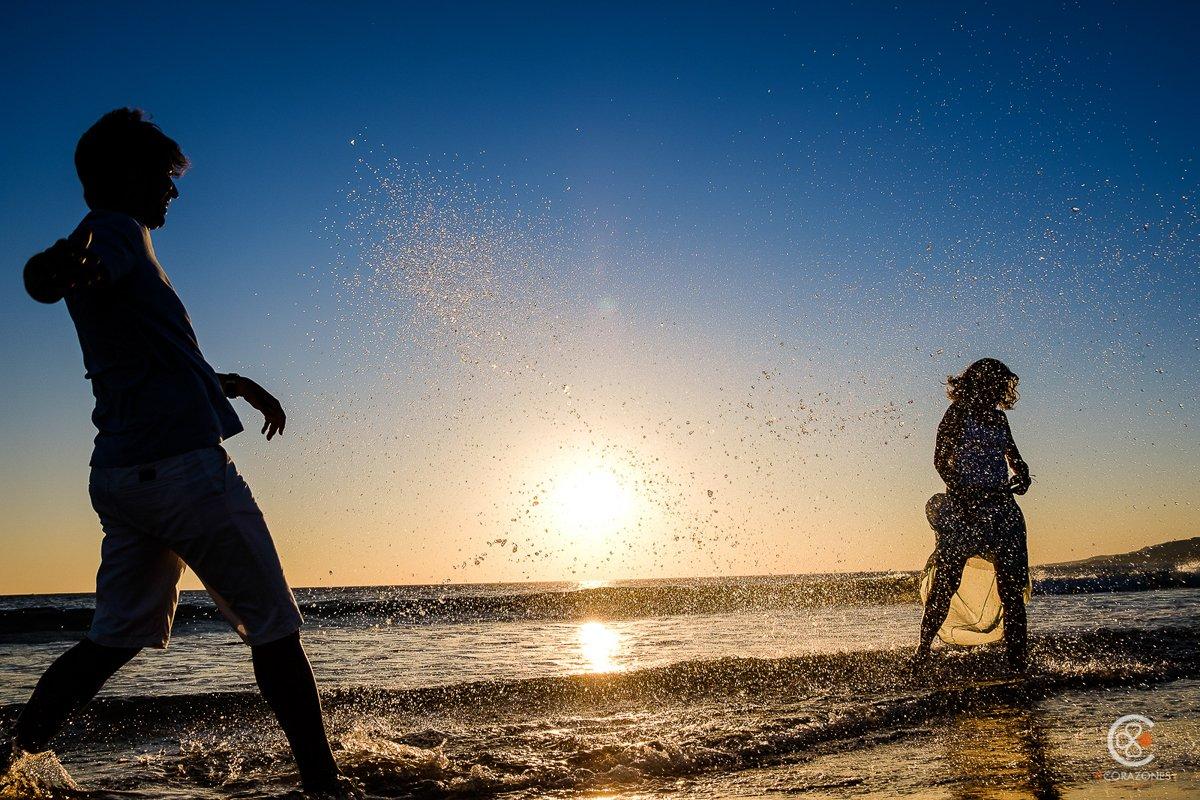 sesión preboda en Tarifa - Cuatro Corazones Fotografía por Juanlu Corrales