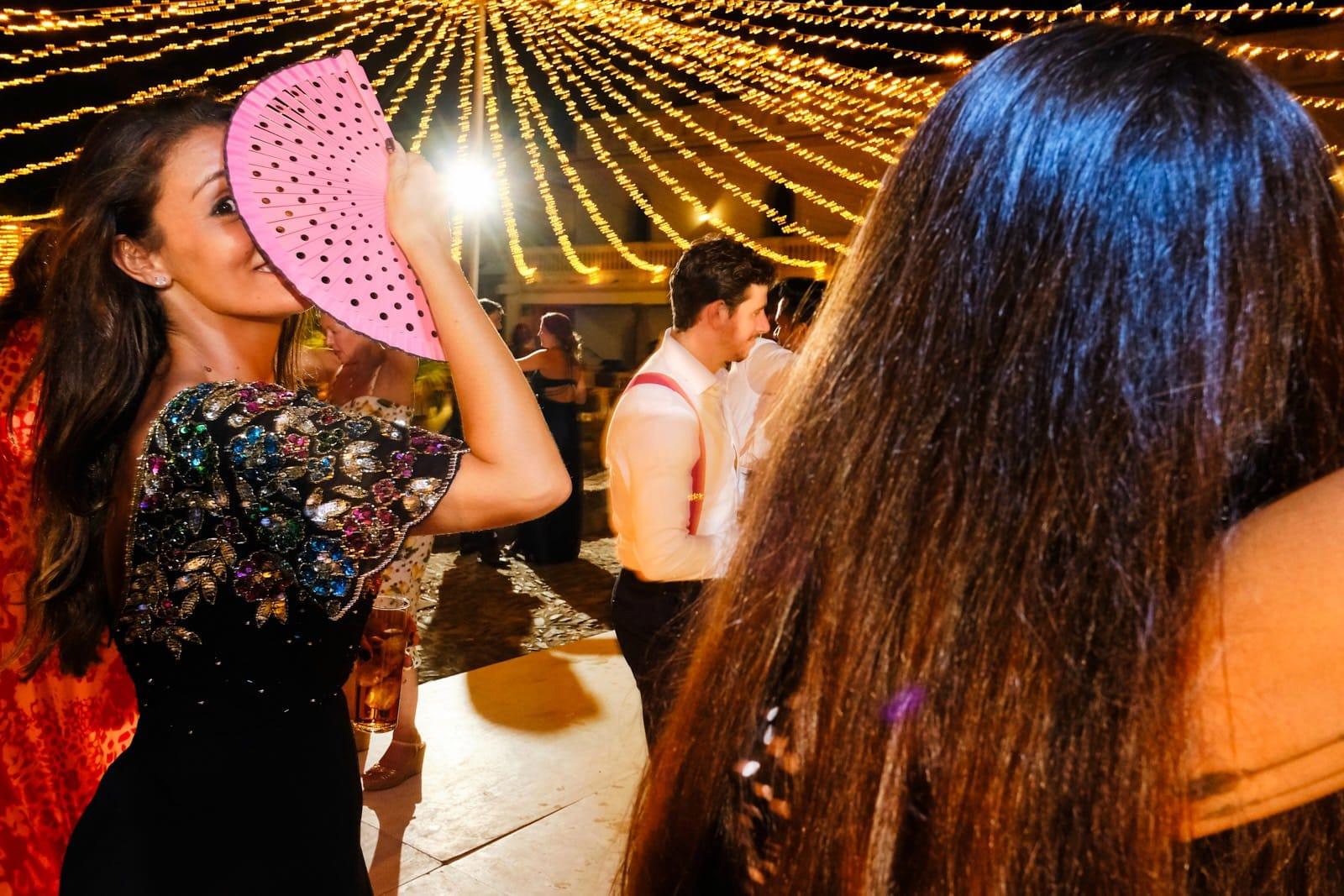 fiesta en la boda de Susana y Lal
